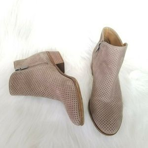 Lucky Brand Basel Taupe Suede Ankle Boots 8